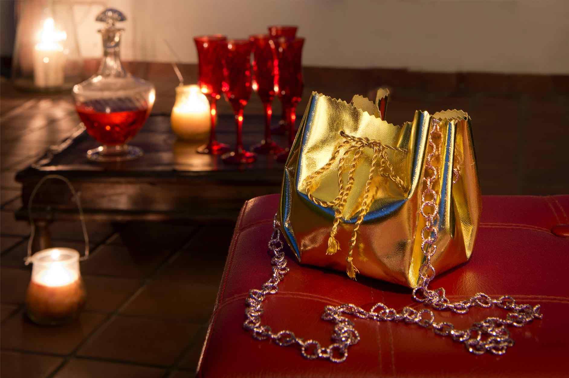 borsa in finta pelle oro