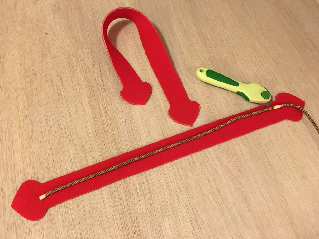 misura del cordone interno per i manici per la borsa in neoprene