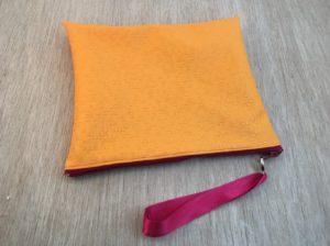 variante arancio in simil pelle