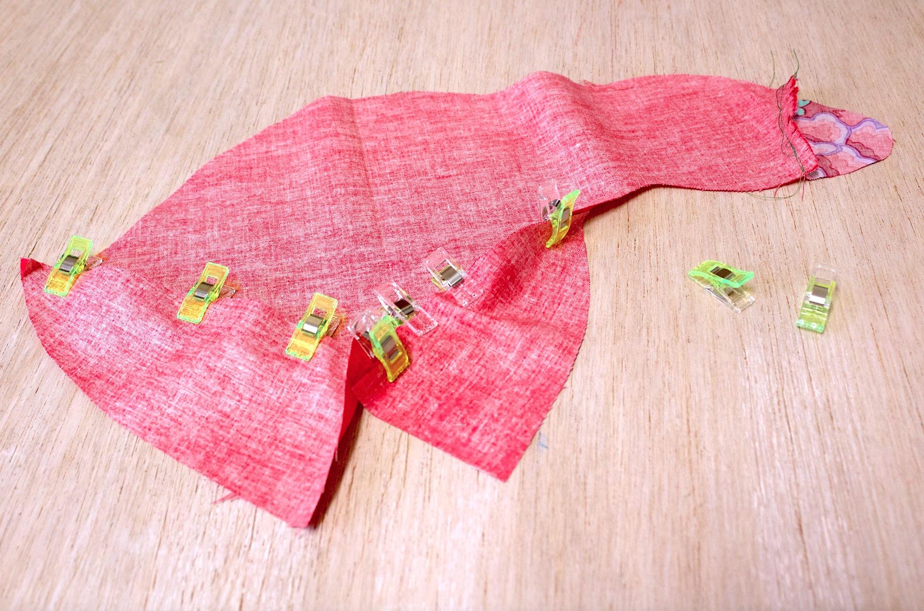 posizionate le due sottopanciadell'oca per essere cucite