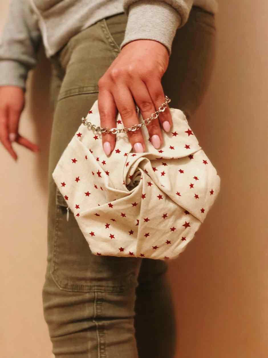 come una rosa questa è la borsa romantica