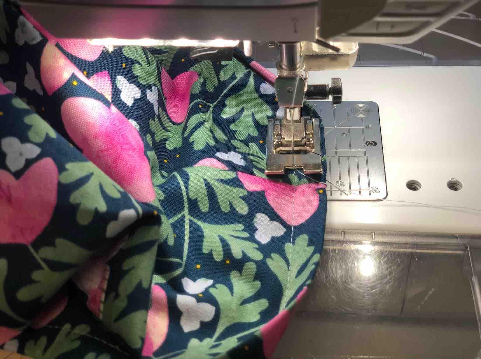 cucire l'interno in stoffa