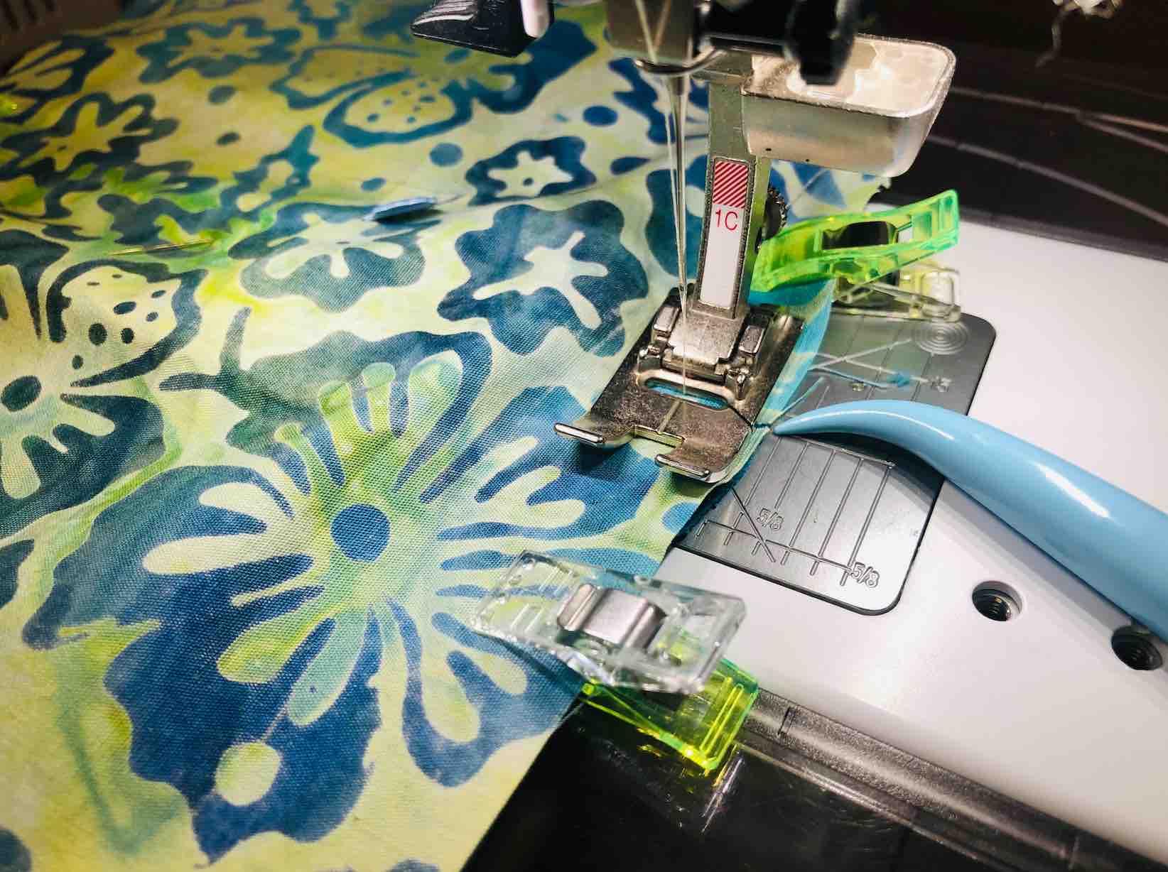 cucire i contorni