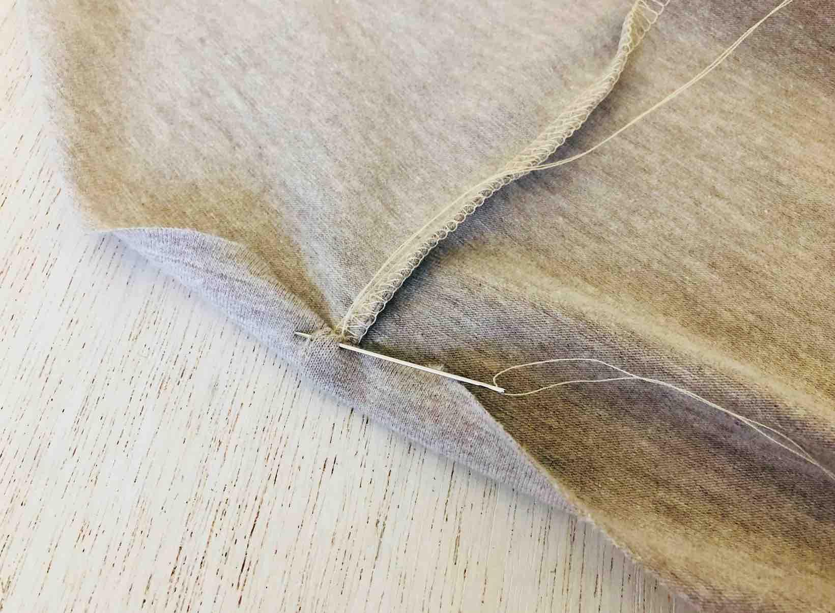 punti di cucitura nascosti alle estremità